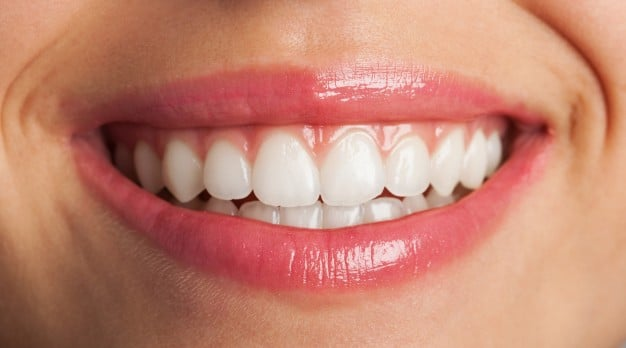 C:\Users\dental.WORKGROUP\Documents\Laura\blog\close-up-of-a-perfect-smile_1149-1021.jpg